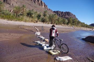 モロッコで自転車ツアー |サハラ砂漠の風の画像