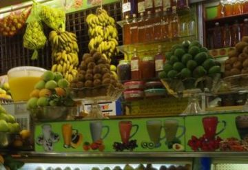 モロッコ旅行中にぜひ楽しみたいフルーツ・果物やジュースをその楽しみ方とともに紹介しています。の画像