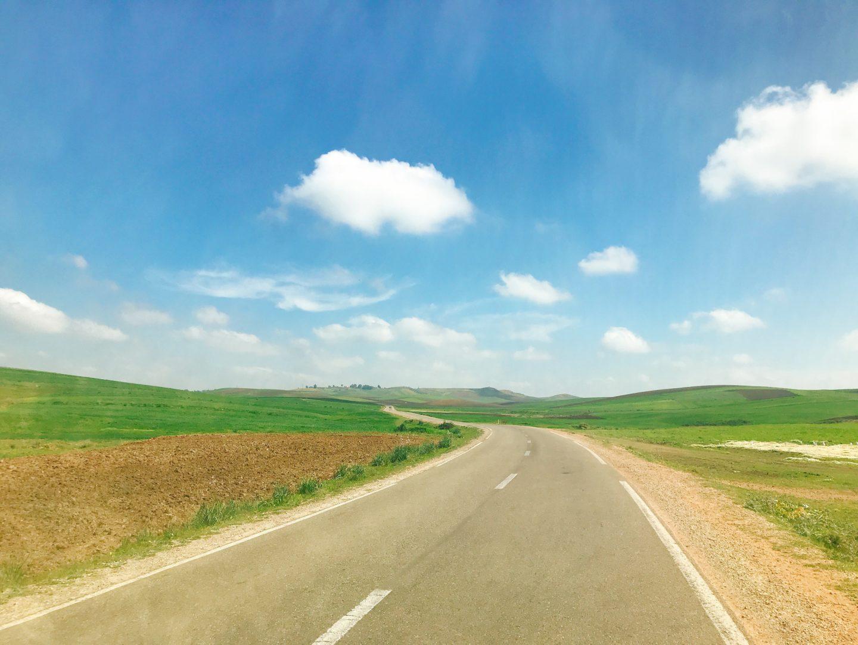 モロッコ現地ツアーでシャウエンへ向かう道