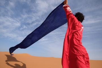 モロッコ 現地ツアーで砂漠を訪れる