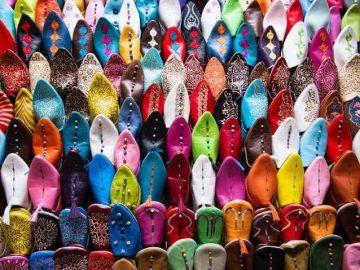 モロッコのバブーシュとフェズの職人の画像