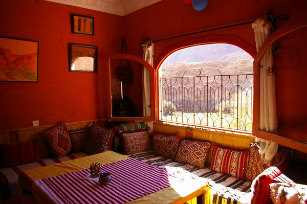 モロッコ 個人旅行 現地ツアー ホテル